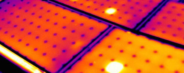 Medición de curvas I-V de módulos fotovoltaicos